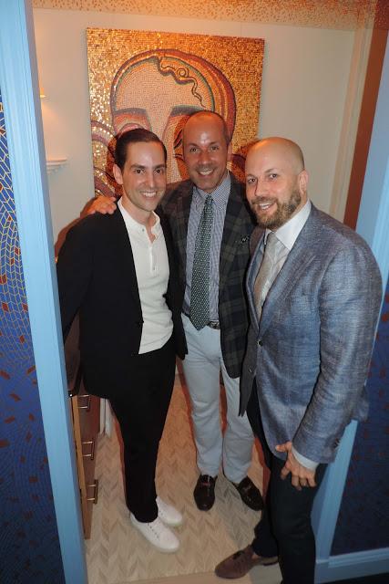 Alberto Villalobos + Harry Heissmann + Kevin Isbell