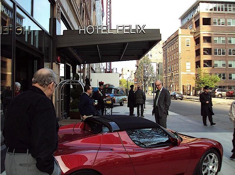 hotel-felix-exterior