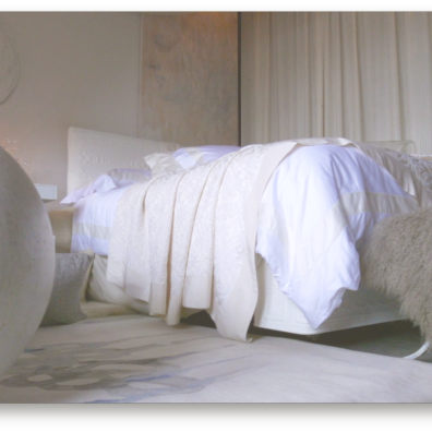 BETWEEN THE SHEETS WITH FRETTE